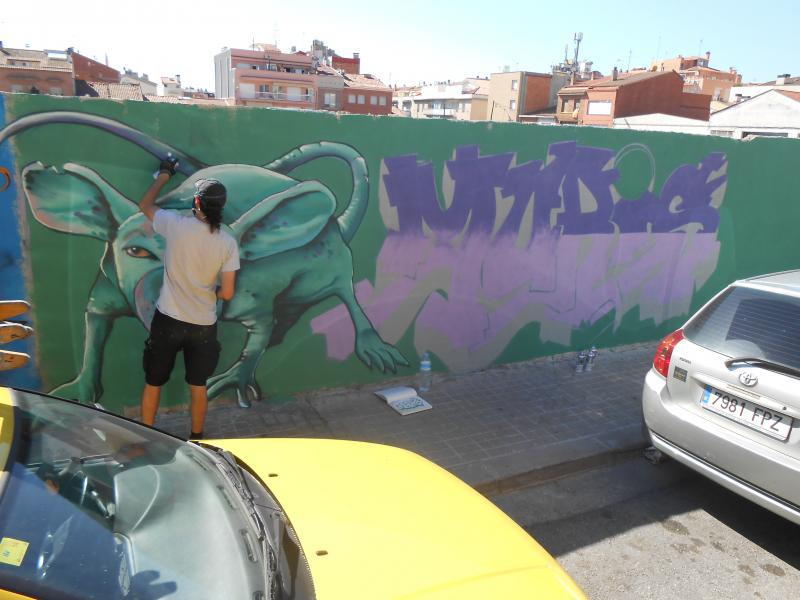 Moris painting in Sabadell Spain